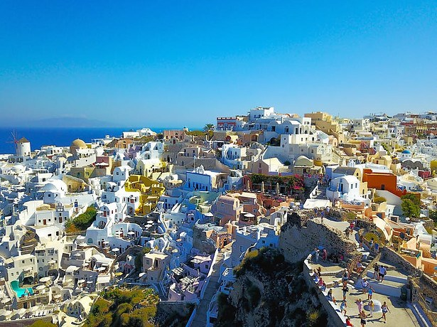 day-trips-crete-to-Santorini